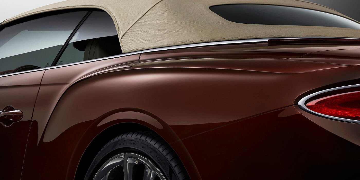 NEW-BENTLEY-CONTINENTAL-GT-CONVERTIBLE-REAR-BALL-PAINT